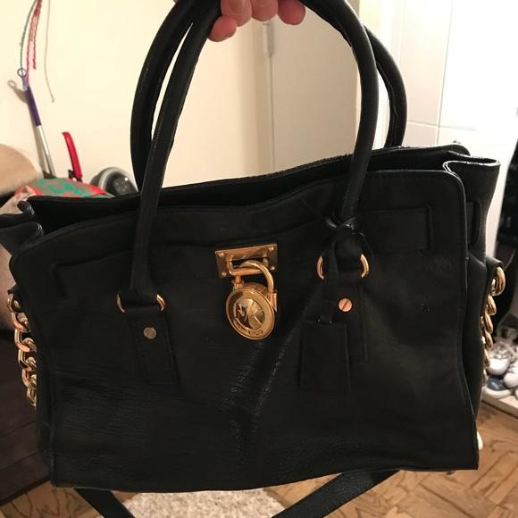 d2a41d47d1 Michael Kors black bag. M 5a43f13150687c681309ae8f